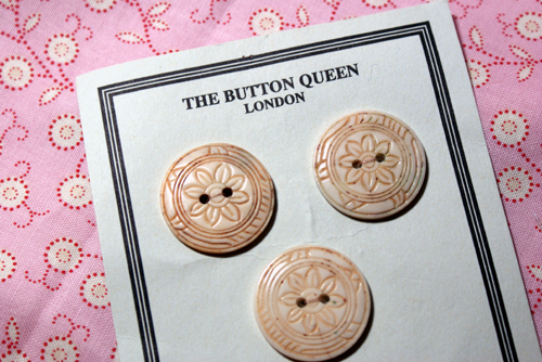 Buttonfrombeth
